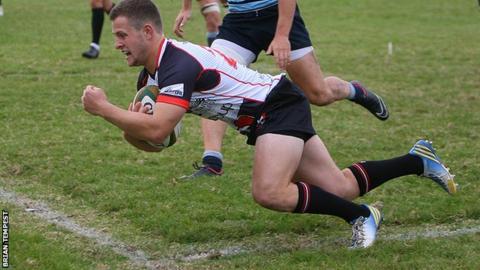 Bertie Hopkin scores the 'winning' try