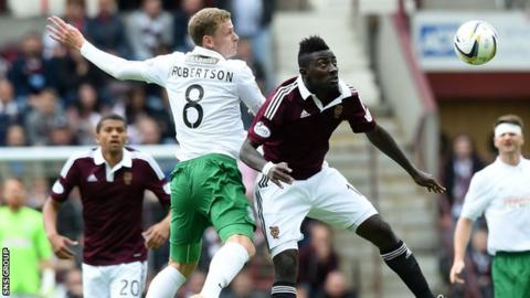 Hearts won 2-1 in the first derby of the season at Tynecastle