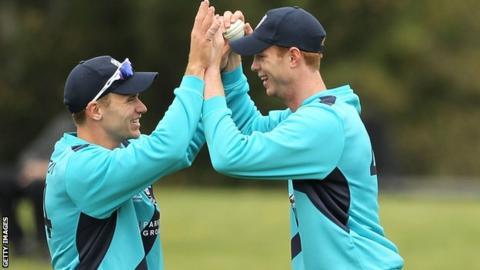 Scotland players Alasdair Evans and Richie Berrington (left)