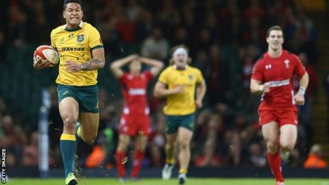 Israel Folau runs clear to score against Wales