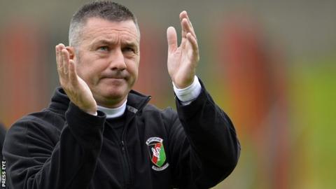 Glentoran manager Eddie Patterson