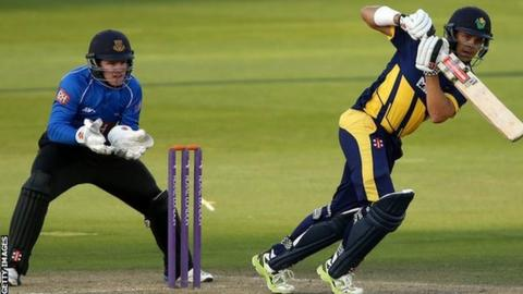 Jacques Rudolph at the crease against Sussex