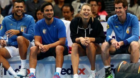 Maria Sharapova and Andy Murray of the Manila Mavericks