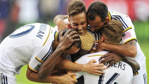 LA Galaxy players celebrate