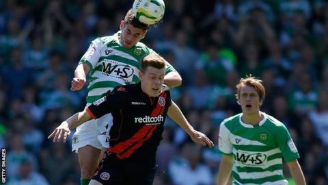 Joe Ironside in action for Sheffield United against Yeovil Town