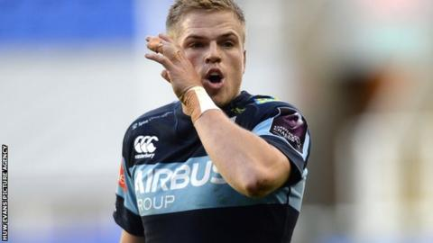 Cardiff Blues signed Wales-qualified Gareth Anscombe from Waikato Chiefs in July 2014