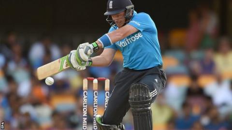 Ian Bell batting against India in Brisbane