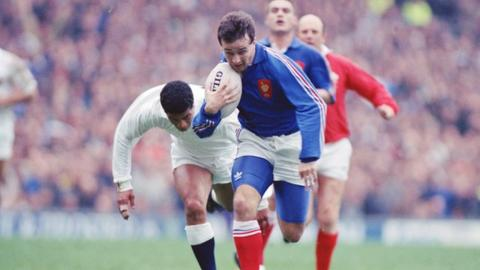Philippe Saint-Andre scores a wonderful try for France against England at Twickenham in 1991