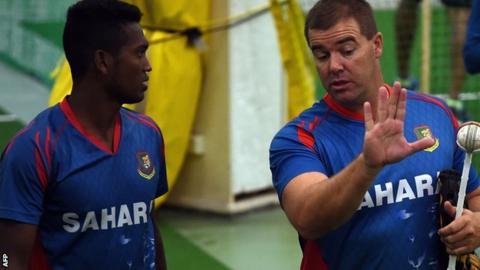Al-Amin Hossain with Bangladesh bowling coach Heath Streak