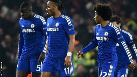 Chelsea players during Paris St-Germain defeat