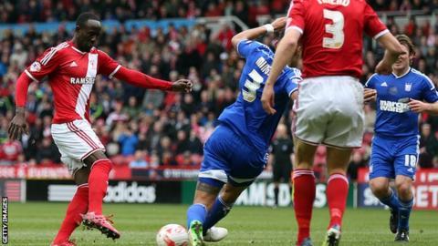 Albert Adomah scores for Middlesbrough