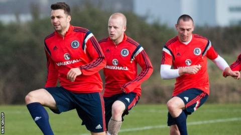 Scotland's Russell Martin (left) training with Steven Naismith and Scott Brown