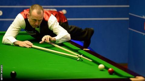 Mark Williams won his first World Championship against Matthew Stevens in 2000 winning 18-16