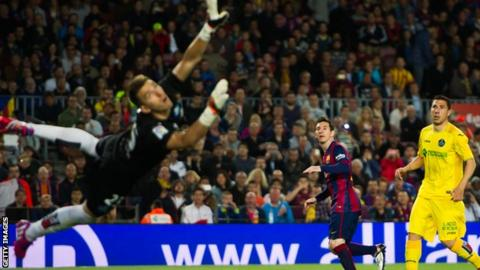 Lionel Messi's second goal took him to 49 for the season