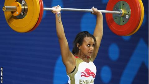 zoe smith weightlifting