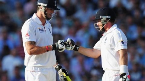Kevin Pietersen and Ian Bell
