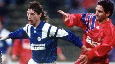 Steffen Freund in action for Schalke in 1992