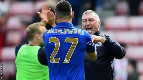 Marcin Wasilewski and Leicester manager Nigel Pearson