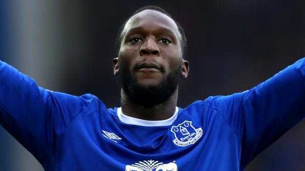 Romelu Lukaku: Chelsea & Man Utd both offer £75m for Everton striker