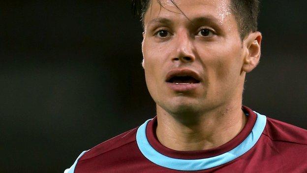 Mauro Zarate: West Ham striker joins Fiorentina - BBC Sport
