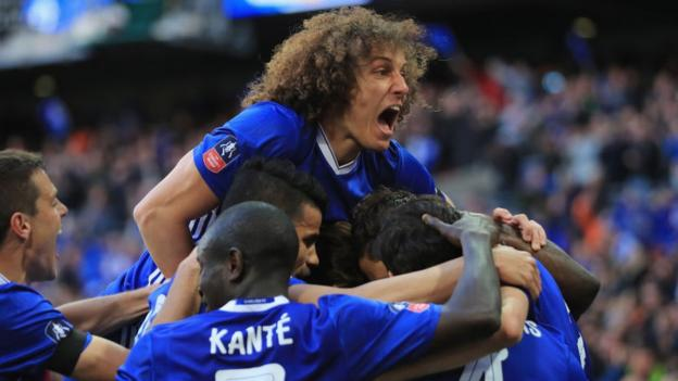 Garth Crooks' team of the week: N'Golo Kante, Dele Alli, Willian and Benteke