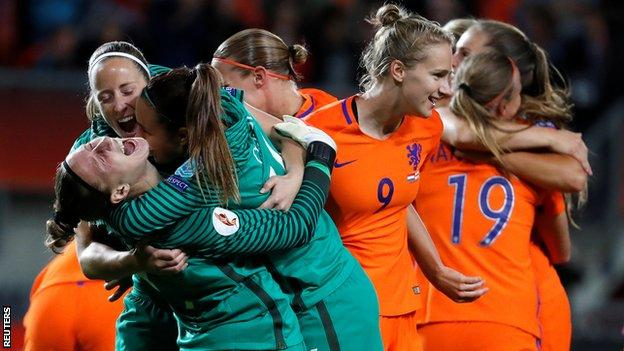 England women 'devastated' after Netherlands defeat - Mark Sampson