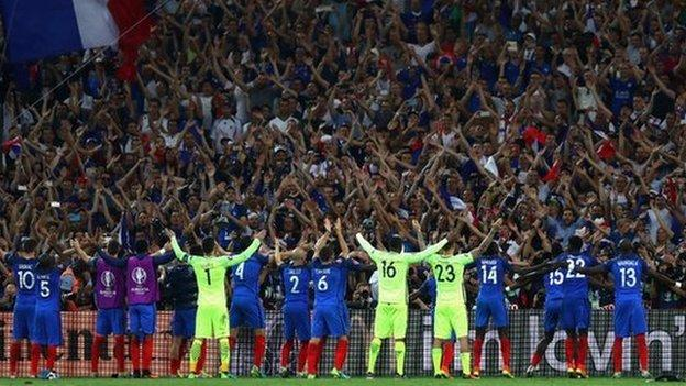 Euro 2016: France team have united country - Thierry Henry