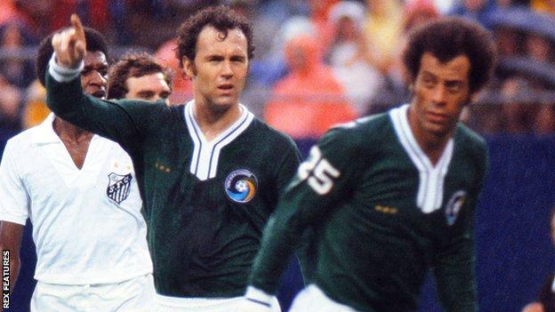 Franz Beckenbauer and Carlos Alberto