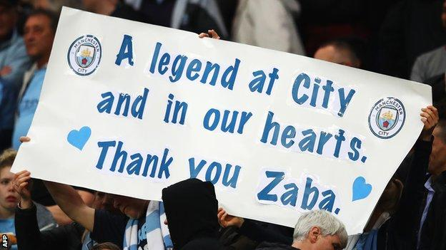 Fans paid tribute to Pablo Zabaleta