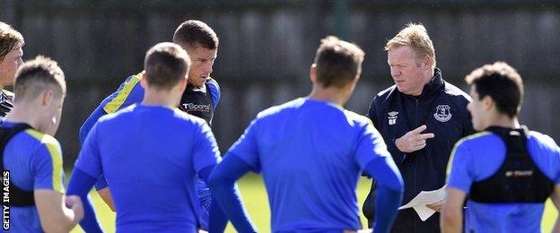 Ronald Koeman takes an Everton training session