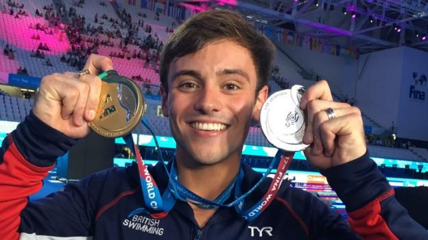 Daley wins 10m platform gold at Worlds - watch & read