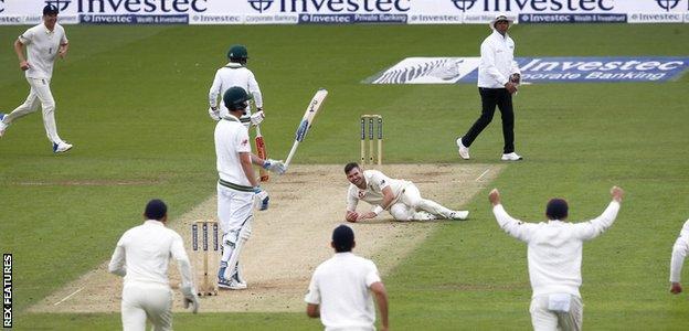 Stokes & Roland-Jones put England in control of third Test