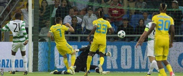 Serikzhan Muzhikov scores