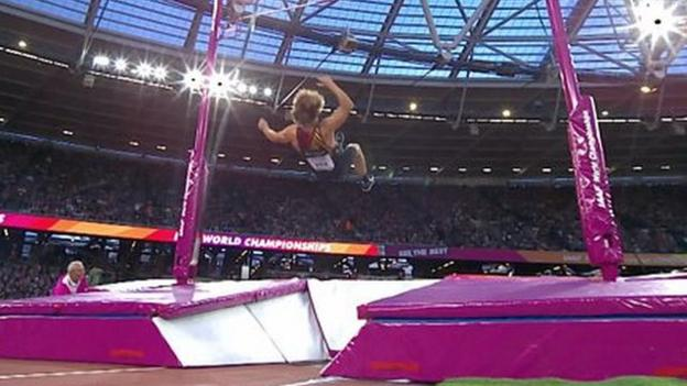World Athletics Championships: Belgium's Arnaud Art out of pole vault final