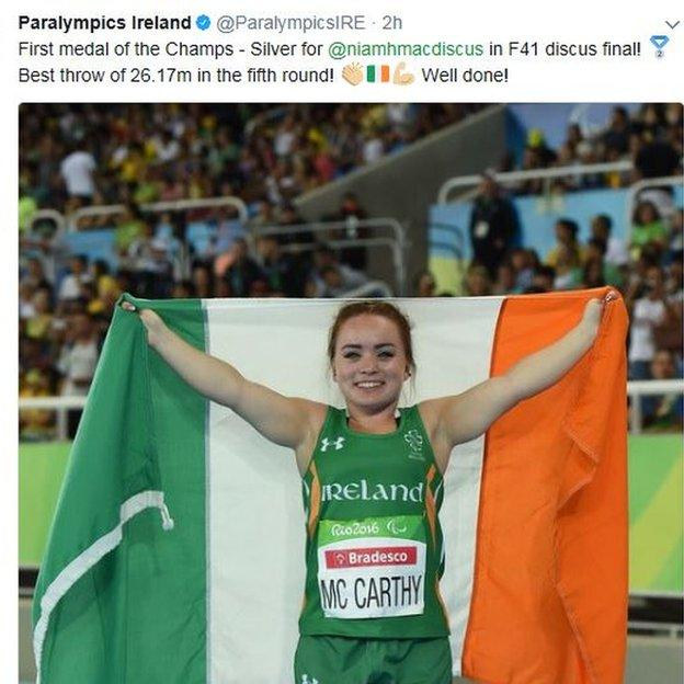 Niamh McCarthy clinched silver in the F41 discus