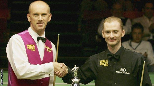 Peter Ebdon (left) and Graeme Dott