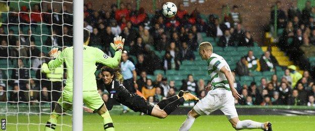 Edinson Cavani scores for Paris St-Germain against Celtic