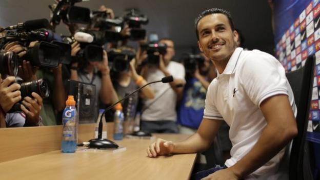 Lionel Messi & Barcelona stars on show as Pedro bids farewell ...