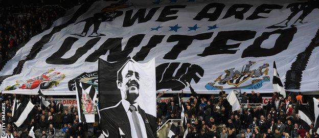 Rafael Benitez flag