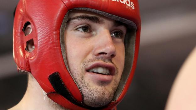World Amateur Championships: Ward secures medal with Hamburg victory
