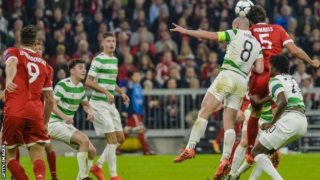 Mats Hummels scores for Bayern Munich