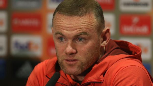 Wayne Rooney: Gary Neville surprised Man Utd striker's future not resolved