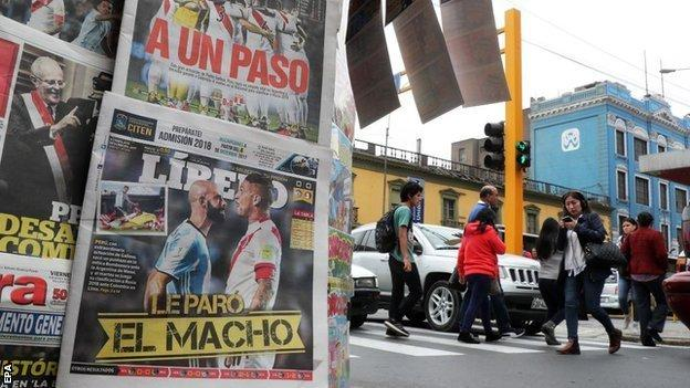 Newspapers in Peru the day after their team's draw with Argentina
