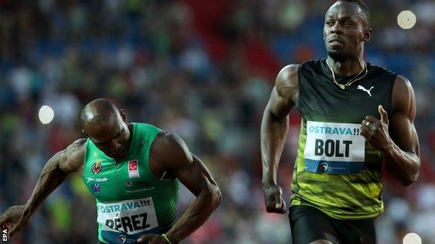 Bolt labours to victory in one of his final 100m races