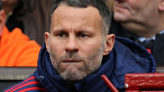 _91333983_giggs-getty