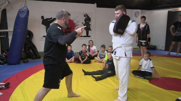 Get Inspired: MMA knocks out anti-social behaviour - BBC Sport
