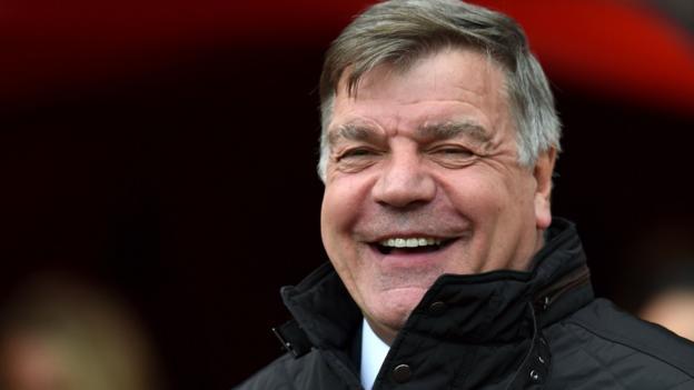 Sam Allardyce: Sunderland boss in talks over England manager's job