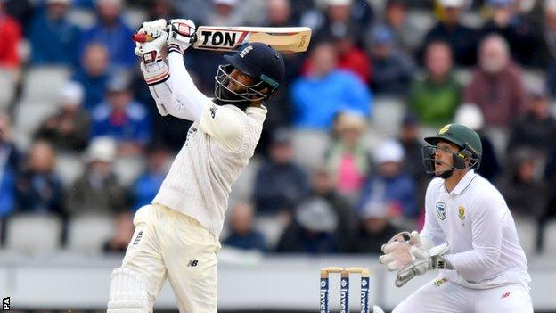 Moeen should stay batting at eight for England - Vaughan