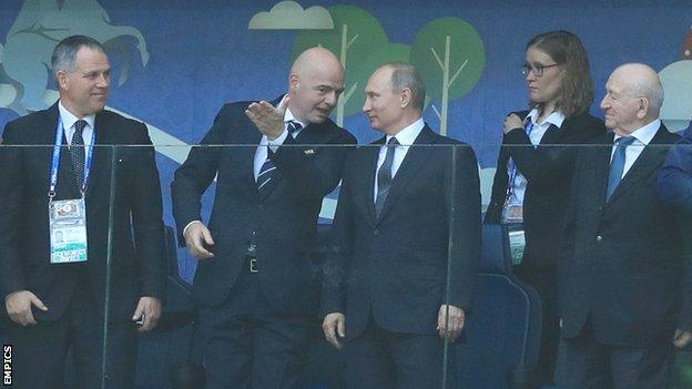 Fifa president Gianni Infantino and Russian president Vladimir Putin