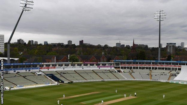 Warwickshire were inconvenienced against Yorkshire by twice having to bat under the floodlights in the dark, gloomy conditions at Edgbaston